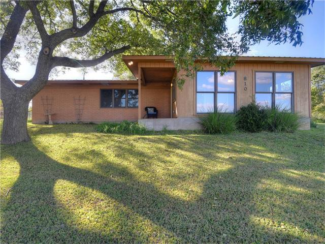 810 River Rd, Wimberley, TX 78676