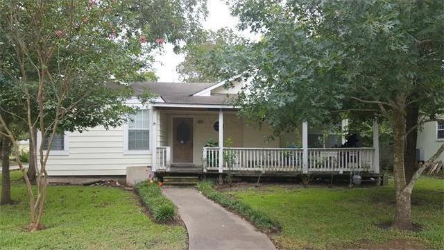 1301 Wallace St, Taylor, TX 76574