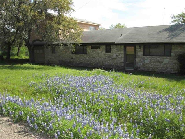 815 Council St, Burnet, TX 78611