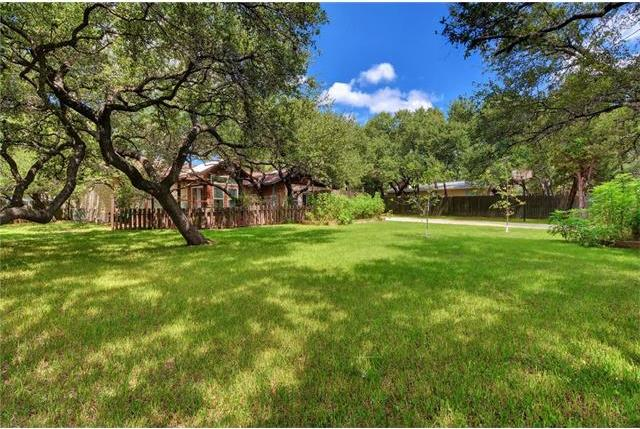 102 N Lake Hills Dr, Austin, TX 78733