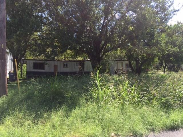 4517 Meadow Dr, Cedar Creek, TX 78612