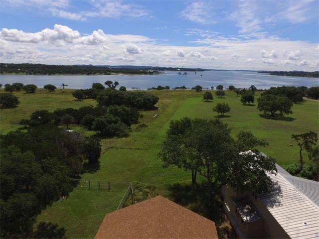 2702 Lakeshore Dr, Canyon Lake, TX 78133