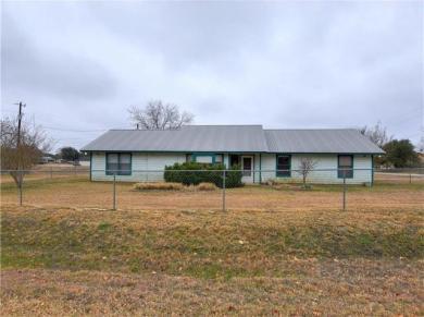 1206 Oakridge Dr, Blanco, TX 78606
