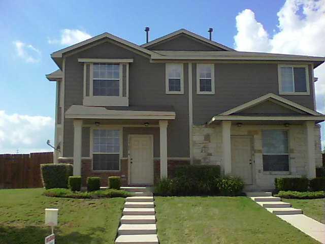 14001 Cambourne Dr #B, Pflugerville, TX 78660