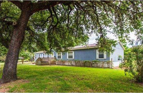 1046 Oak Street, Other, TX 78934