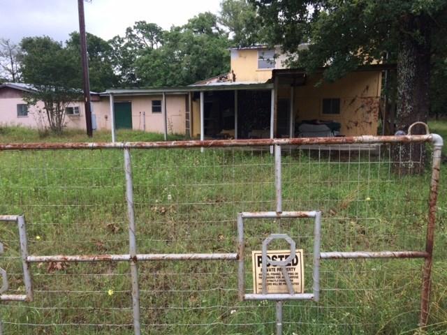 1081 Antioch Rd, Paige, TX 78659