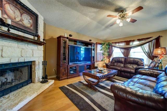 13235 Kerrville Folkway, Austin, TX 78729