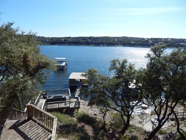 18241 Lakepoint Cv, Point Venture, TX 78645