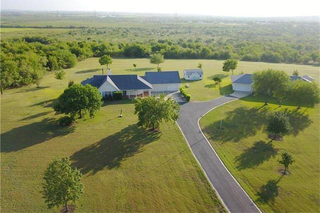 6506 Williamson Rd, Creedmoor, TX 78610