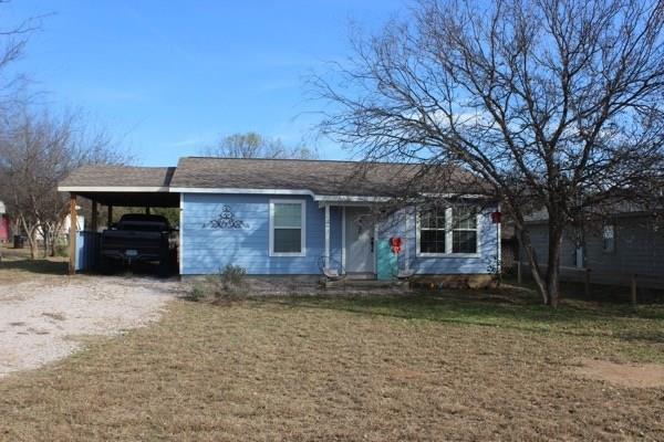 6261 River Oaks Dr, Kingsland, TX 78639