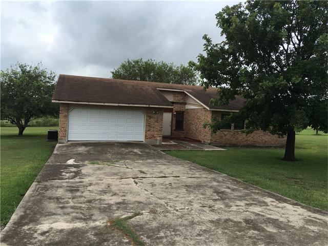 961 Ridge Dr, San Marcos, TX 78666