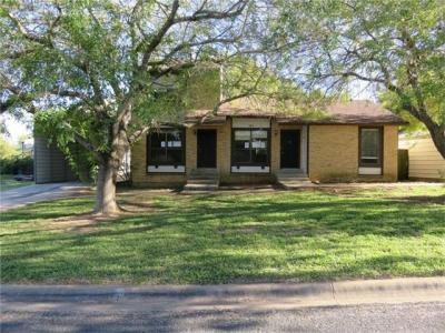 Photo of 101 Hillside Dr, Elgin, TX 78621