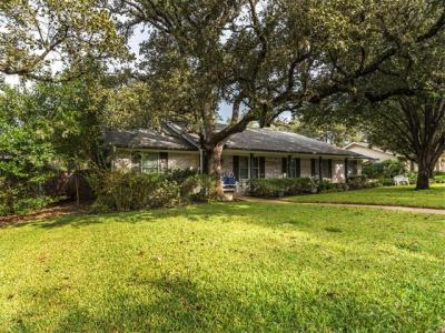 Photo of 9308 Clearock Dr, Austin, TX 78750