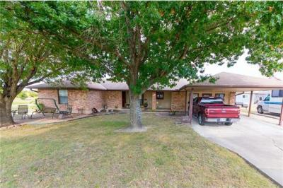 Photo of 1651 County Road 137, Hutto, TX 78634
