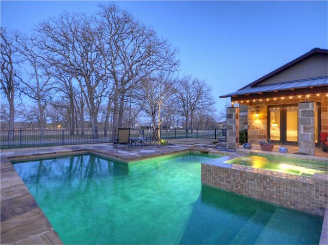 105 Spearpoint Cv, Georgetown, TX 78628