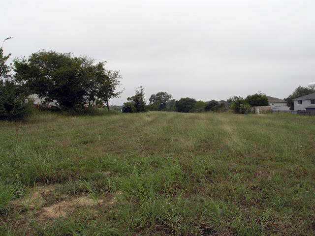 1900 N A W Grimes Blvd, Round Rock, TX 78665