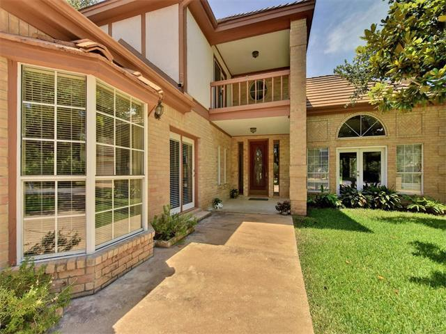 9 Lost Meadow Trl, The Hills, TX 78738