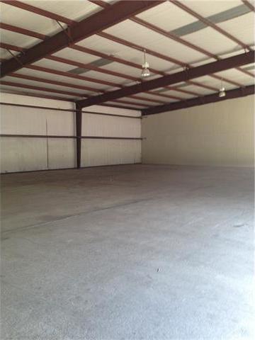 125 Kellar #B4, Smithville, TX 78957