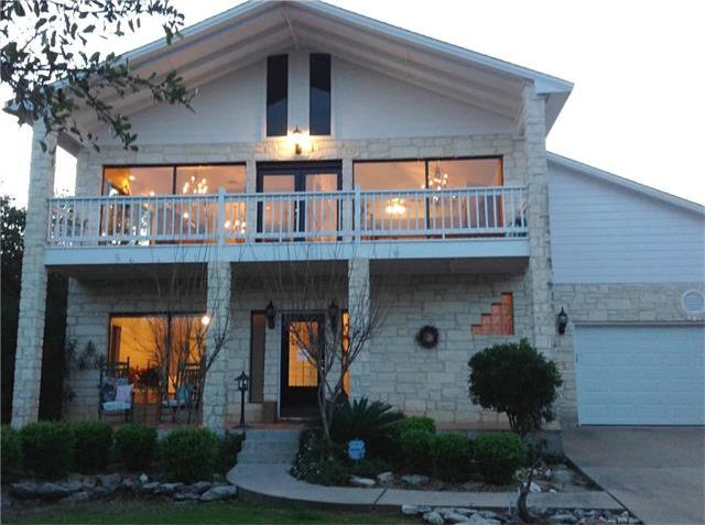 528 Nomad Dr, Spicewood, TX 78669