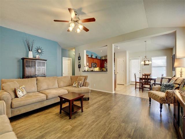 1810 Golden Arrow Ave, Cedar Park, TX 78613