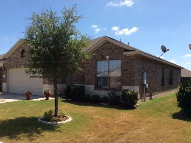 420 Cobblestone Dr, Jarrell, TX 76537