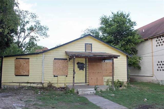 721 Uhland Rd, San Marcos, TX 78666
