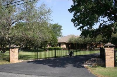 Photo of 5400 Thousand Oaks Dr, Round Rock, TX 78681