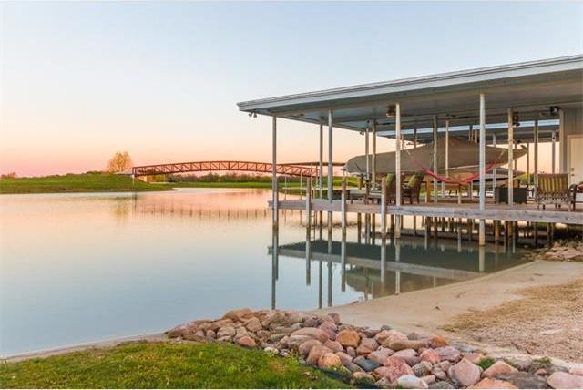 723 River Ranch Cir, Martindale, TX 78655