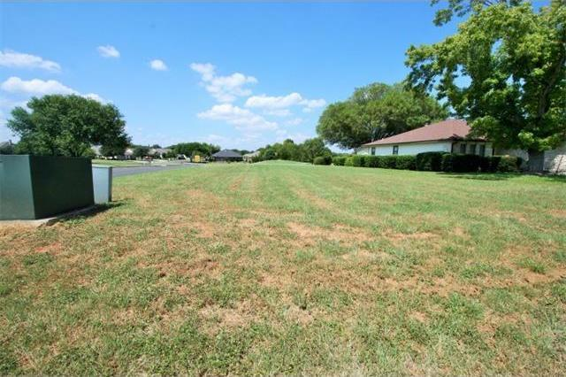 Lot 444 Pinehurst, Meadowlakes, TX 78654