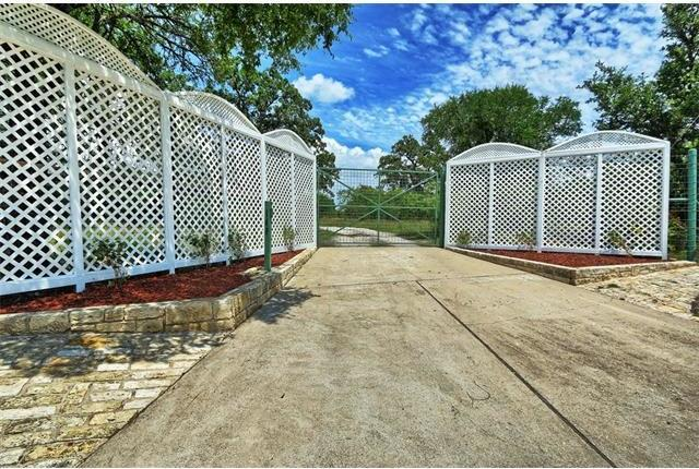 140 County Road 410 A, Spicewood, TX 78669