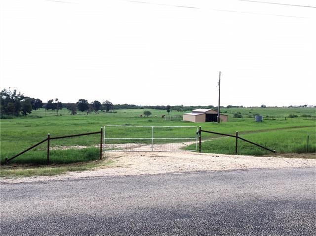 714 Leissner School Rd, Seguin, TX 78155