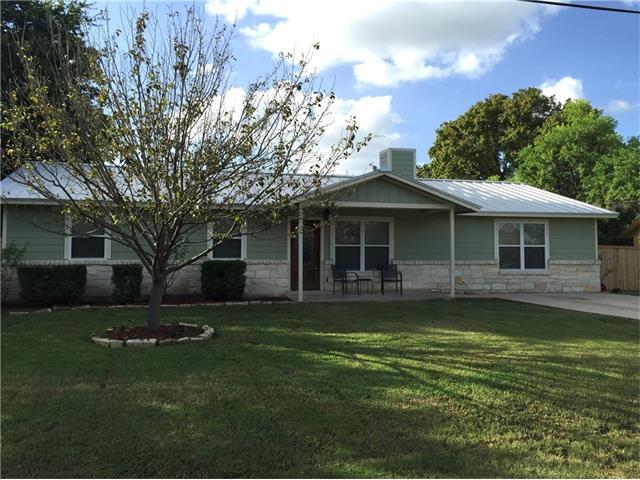340 Spring River Dr, Martindale, TX 78655