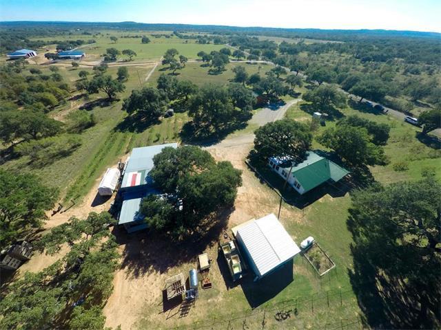 706 Shovel Mountain Rd, Round Mountain, TX 78663