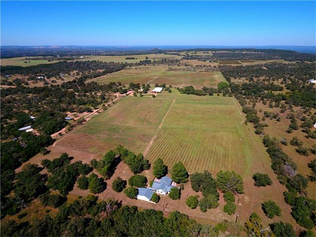 463 Bell Mountain Rd, Willow City, TX 78675