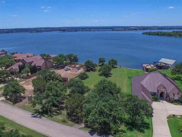 9 Wilderness Dr E, Marble Falls, TX 78654