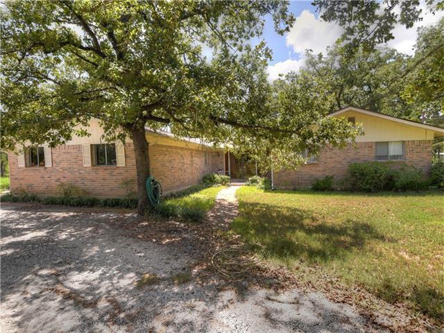 305 Union Chapel Rd, Cedar Creek, TX 78612