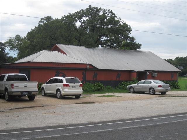 220 Wilcox St S, Rockdale, TX 76567