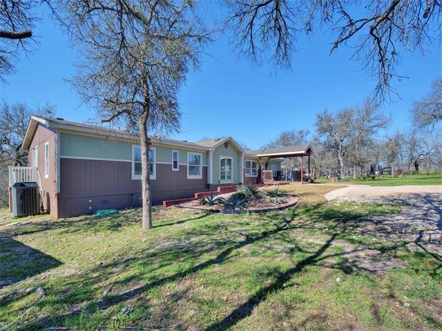 268 Legend Oaks Dr, Dale, TX 78616