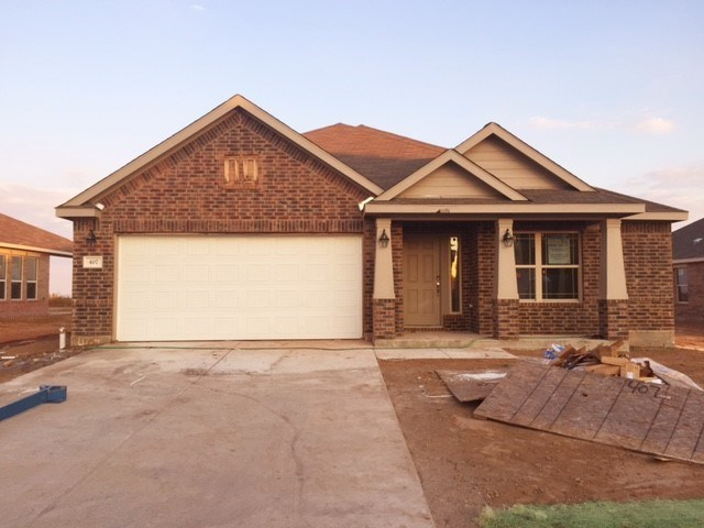 407 Hendelson Ln, Hutto, TX 78634