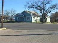 208 W Young, Llano, TX 78643