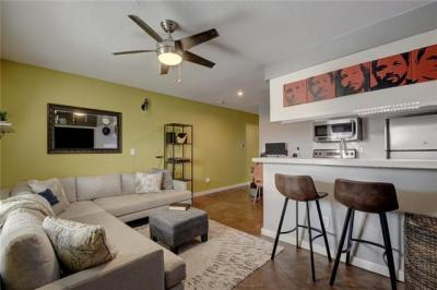 Photo of 2302 East Side Dr #20, Austin, TX 78704