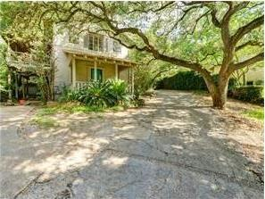 Photo of 850 Forest View Dr, West Lake Hills, TX 78746