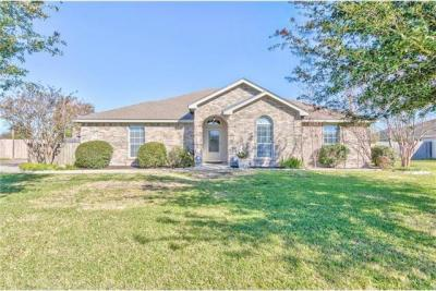 Photo of 115 Guadalupe Dr, Hutto, TX 78634
