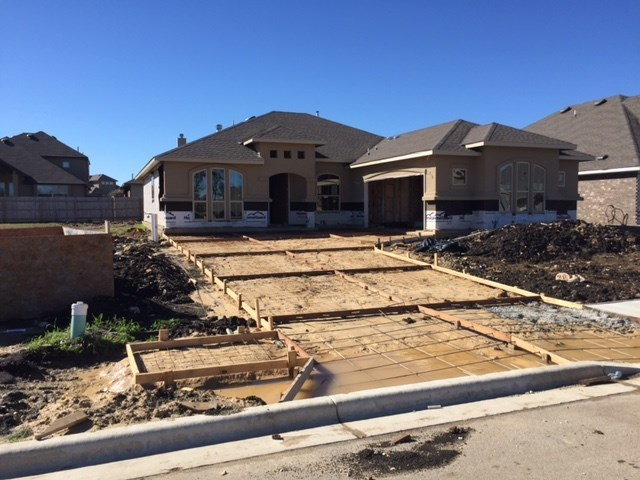 393 Summer Pointe Dr, Buda, TX 78610