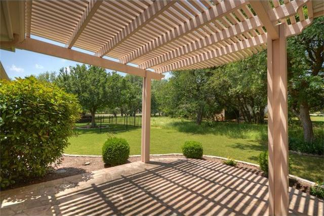 214 Armstrong Dr, Georgetown, TX 78633