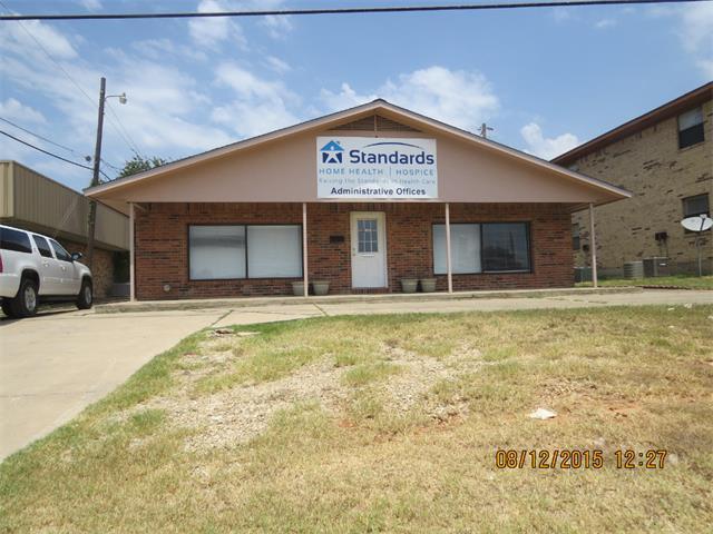 1802 W Cameron Ave, Rockdale, TX 76567