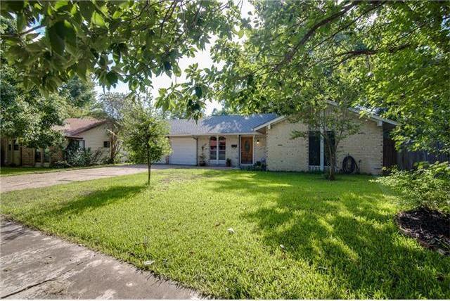 9709 Oak Hollow Dr, Austin, TX 78758