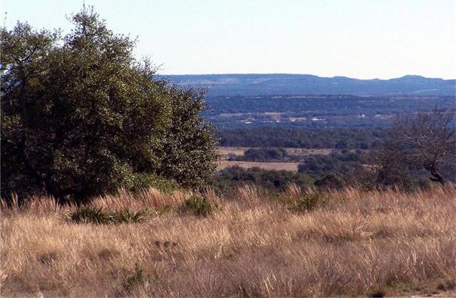 33 Summit Ridge Trail, Johnson City, TX 78636