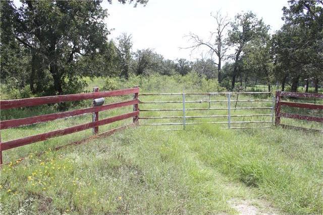 10225 State Park Rd, Lockhart, TX 78644