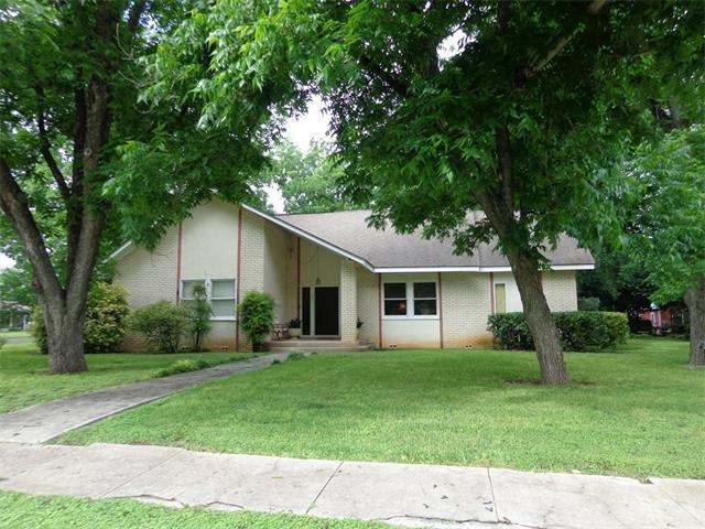 301 Main St, Martindale, TX 78655